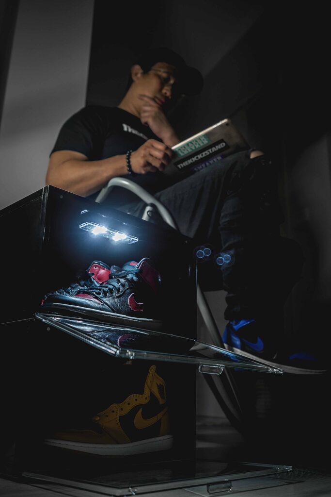 The Sneaker Laundry LED, The Sneaker Laundry LED Drop Front Shoe Box Review